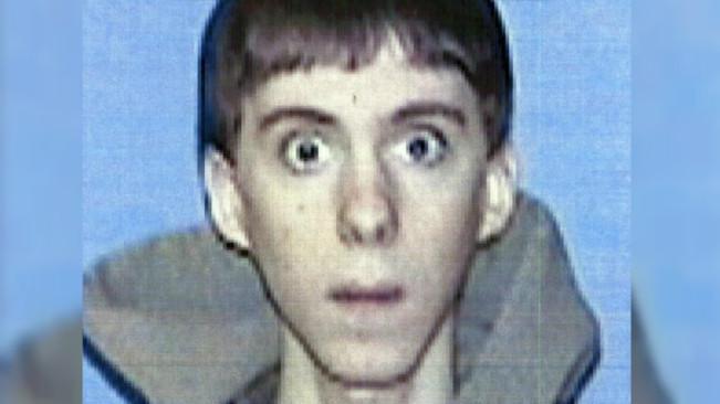 Adam Lanza menembak mati ibunya di rumah mereka di Connecticut pada 14 Desember 2012, lalu mengemudi ke sekolah dan membunuh 20 siswa kelas satu dan enam karyawan. (Sumber AP Photo/Western Connecticut State University)