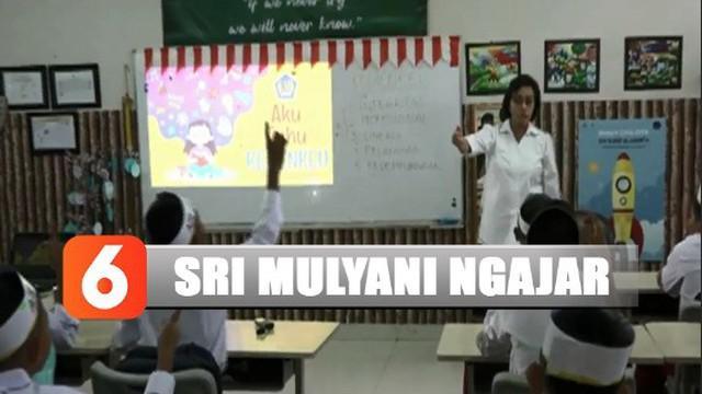 Sri Mulyani memberikan pengetahuan tentang pentingnya membayar pajak dan manfaatnya bagi pembangunan bangsa dan negara Indonesia.