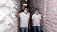 Pupuk Kaltim (PKT) menjamin stok pupuk bersubsidi maupun non subsidi untuk Jawa Tengah dan Jawa Timur dalam kondisi aman. Dok PKT