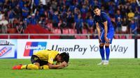 Striker Timnas Thailand, Adisak Kraisorn, saat melawan Malaysia di leg kedua semifinal Piala AFF 2018 di Stadion Rajamangala, Bangkok, Rabu (5/12/2018). (Bola.com/Dok. AFF Suzuki Cup)