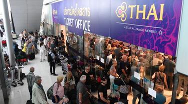 Ribuan Penumpang Terlantar di Bandara Suvarnabhumi Bangkok