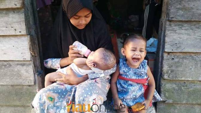 Kisah Kekuatan Gadis Cilik Andini Merawat Dua Bayi Di Dusun Telayap