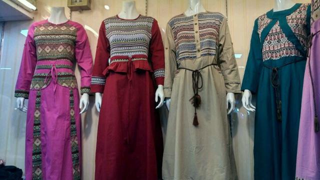 Model Baju Muslim Paling Banyak Dicari Buat Lebaran Ramadan