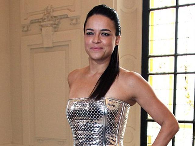 Michelle Rodriguez Cerita Soal Fast And Furious 8 Showbiz Liputan6 Com