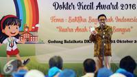 Wagub DKI, Djarot Saiful Hidayat memberikan sambutan saat membuka Lomba Dokter Kecil Award Tahun 2016 di Jakarta, Minggu (2/10). Djarot berharap peran dokter kecil dapat optimal di lingkungan sekolah dan keluarga. (Liputan6.com/Johan Tallo)