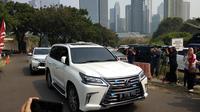 Mobil Prabowo tiba di kediaman SBY, Mega Kuningan, Jakarta. (Merdeka.com/Ahda Bayhaqi)