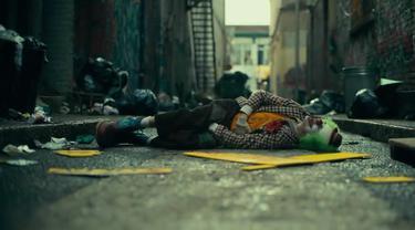 Adegan dalam film Joker (Tangkapan Layar Youtube Warner Bros Pictures)