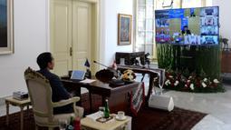 Presiden Joko Widodo saat KTT ASEAN Khusus Tentang COVID-19 secara virtual dari Istana Kepresidenan Bogor, Jawa Barat, Selasa (14/4/2020). Jokowi mendorong negara-negara ASEAN untuk bersatu, bersinergi, dan berkolaborasi untuk melawan pandemi COVID-19. (Foto: Lukas - Biro Pers Sekretariat Presiden)