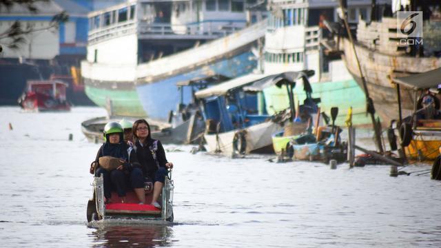 Drainase Buruk, Banjir Rob Genangi Kawasan Pelabuhan Tanjung Emas