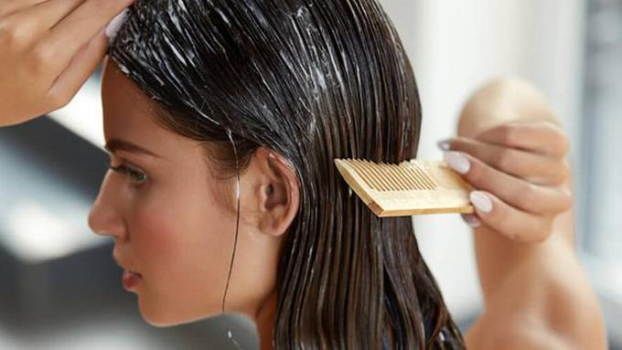 5 Produk Perawatan Rambut untuk Perawatan Rambut Kering - Beauty ... d42625d16c