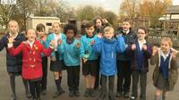 Sekelompok anak-anak di Sekolah Dasar di Inggris membuat sebuah lagu untuk mengingatkan orang dewasa agar lebih berhati-hati saat mengemudi.