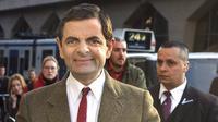 Rowan Atkinson yang terkenal dengan karakter kocaknya sebagai Mr. Bean telah resmi bercerai dari sang istri, Sunetra Sastry. Pernikahan mereka telah berlangsung selama 25 tahun dan dikaruniai dua orang anak. (Bintang/EPA)