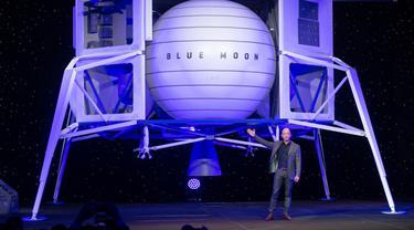 FOTO: Jeff Bezos Mundur dari CEO Amazon