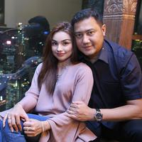 Teuku Rafly dan Nourah Sheivirah (Bambang E. Ros/Bintang.com)