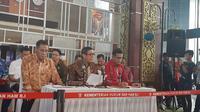 Menkumham Yasonna Laoly menggelar jumpa pers soal pasal penghinaan presiden di RKUHP. (Liputan6.com/Yopi Makdori)