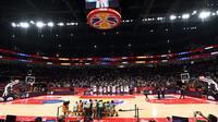 Suasana pada event Kejuaraan Dunia Bola Basket 2019, di Cadillac Arena, Beijing, China, kemarin. Indonesia akan menjadi tuan rumah Kejuaraan Dunia Bola Basket 2023.  (AFP / Garrett Ellwood / NBAE)
