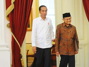 Jokowi Terima Kunjungan BJ Habibie di Istana Merdeka