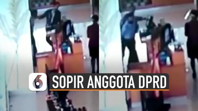 Beredar video memperlihatkan oknum sopir anggota DPRD Jabar memukul pegawai hotel. Kejadian itu karena tamu tidak terima diingatkan untuk mengenakan masker.
