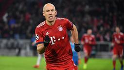 3. Arjen Robben – Di umur yang sudah 34 tahun membuat Robben kesulitan bermain konsisten. Terlebih lagi seringnya cedera kambuhan yang menerpa dirinya. Gaji yang besar membuat Munchen harus segera melepasnya. (AFP/Sven Hoppe)