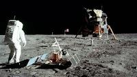Misi Apollo 11 di permukaa Bulan (NASA)