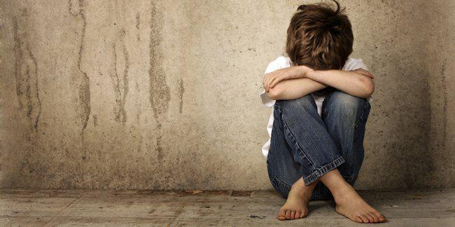 Kekerasan pada anak akan menimbulkan trauma pada anak/Copyright Shutterstock