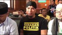 Pengacara Ahmad Dhani, Aldwin Rahardian keberatan kliennya ditahan di Rutan Medaeng, Surabaya.