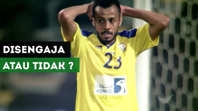 Pemain bertahan klub Al Dhafra, Yaser Abdullah, Mencetak gol bunuh diri spektakuler di Liga Uni Emirat Arab