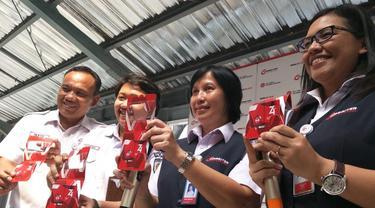 PT Kereta Commuter Indonesia meluncurkan KMT (Kartu Multi Trip) edisi khusus ulang tahun RI.