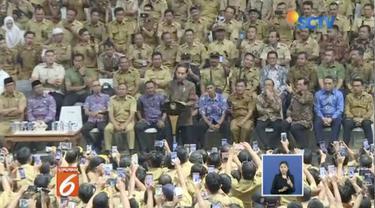 Presiden Jokowi putuskan gaji perangkat desa sama dengan gaji PNS Golongan 2A serta mendapatkan fasilitas BPJS.