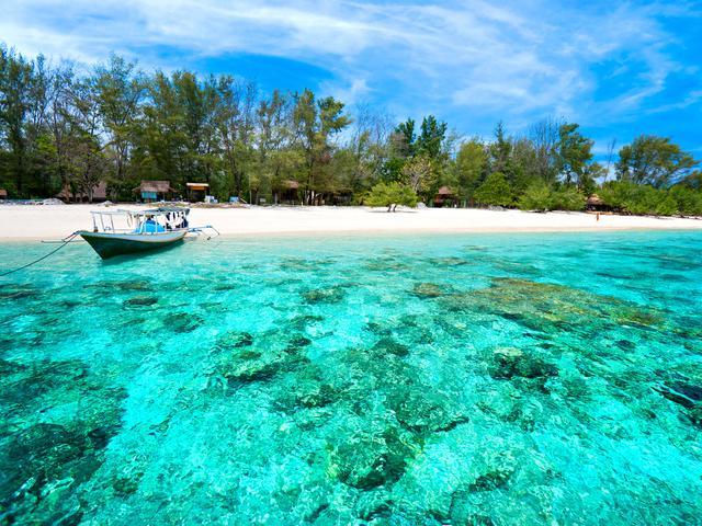 6 Destinasi Wisata Lombok Timur Yang Indah Tempat Berlibur