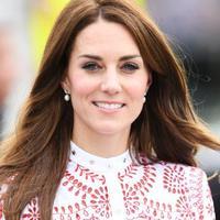 Serunya melihat perubahan wajah dan gaya seorang Kate Middleton dari waktu ke waktu, sejak kecil hingga saat ini. Penasaran?