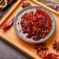 ilustrasi chili oil minyak cabai/copyright By HelloRF Zcool from Shutterstock
