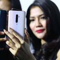 Oppo Reno 2 resmi hadir di Indonesia dengan empat kamera canggihnya. Mendukung kamu membuat konten foto maupun video dengan lebih berkualitas (Foto: Vinsensia Dianawanti)