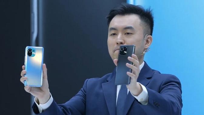 Tampilan Xiaomi Mi 11 yang baru saja meluncur di Indonesia. (Foto: screenshot YouTube Xiaomi Indonesia)