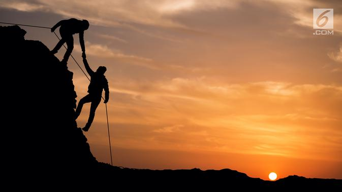 30 Kata Kata Romantis Pendaki Gunung Manis Penuh Cinta Hot Liputan6 Com