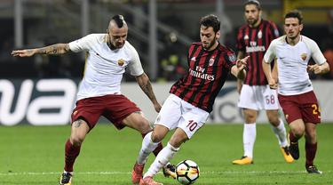 FOTO: AS Roma Berpesta di Kandang AC Milan