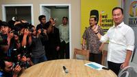 Agus Gumiwang Kartasasmita mengaku siap bersaing dengan tujuh calon ketua umum lainnya pada Munas Partai Golkar 2015 mendatang, Jakarta, Senin (3/11/2014) (Liputan6.com/Johan Tallo)