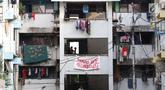 Suasana di Rumah Susun Karang Anyar, Sawah Besar, Jakarta, Selasa (14/8). Pemerintah Provinsi DKI Jakarta menaikkan tarif sejumlah rusunawa rata-rata 20 persen, termasuk Rusun Karang Anyar. (Liputan6.com/Immanuel Antonius)