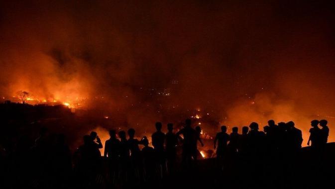 Kebakaran di Dhaka, Bangladesh pada Jumat 16 Agustus 2019 (AFP PHOTO)
