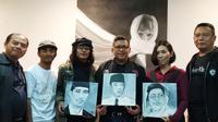 Dalam safari politik ke Bandung, Sekjen PDIP Hasto Kristiyanto menggelar pertemuan dengan para budayawan dan seniman.