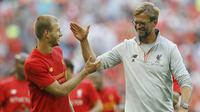 Pelatih Liverpool, Juergen Klopp, tampak gembira usai menang atas Barcelona pada laga ICC 2016 di Stadion Wembley, London, Inggris, Sabtu (6/8/2016). Liverpool berhasil menang 4-0 atas Barcelona. (AP/Frank Augestein)