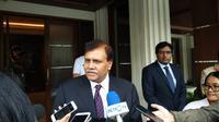 Duta Besar Pakistan untuk Indonesia, Abdul Salik Khan menyambangi Menko Polhukam Mahfud Md. (Liputan6.com/Mahfud Md)