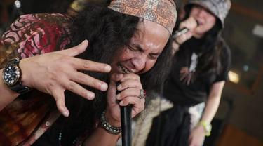Baruna Priyotomo, vokalis Elpamas yang kini bermusik bersama Barakarama Project (ist)