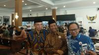 Gubernur Nusa Tenggara Barat (NTB) TGB Zainul Majdi bertemu dengan mantan Ketua Mahkamah Konstitusi (MK) Mahfud MD di sela acara Partai Nasdem. (Istimewa)