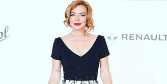 Bukan yang pertama kali Lindsay Lohan menunjukan dirinya menjadi seorang mualaf. Sempat beberapa unggahan dan aktivitasnya menjadi bahan pembicaraan publik yang mengabarkan dirinya telah berpindah agama. (Instagram/lindsaylohan)