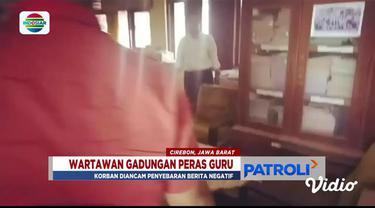 Polisi gerebek dua wartawan gadungan yang sedang memeras seorang kepala sekolah di Cirebon, Jawa Barat.
