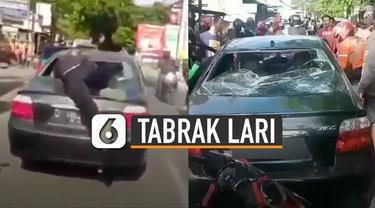 Aksi tangguh dan heroik pria lompat ke atas mobil yang hendak kabur setelah tabrak lari pengendara motor.