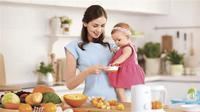 Peralatan makan bayi harus steril agar terhindar dari paparan bakteri. (Dok Philips AVENT)