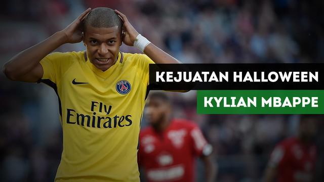 Berita video kejutan hari Halloween dari pemain PSG untuk Kylian Mbappe.