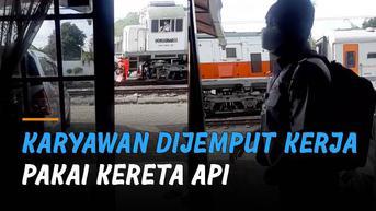 VIDEO: Anti Mainstream, Karyawan Dijemput Kerja Pakai Kereta Api